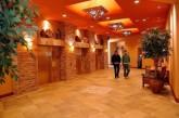 lobby-400x265